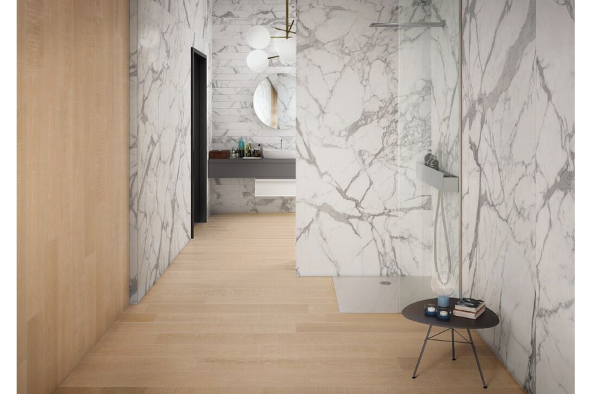 ELEMENTS Lux Calacatta & Natural Sand tile – available in (Lux) 120cm x 240cm & (Sand) 20cm x 120cm format.