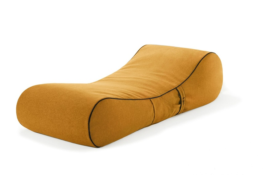 Tulum lounger (indoor/tumeric).