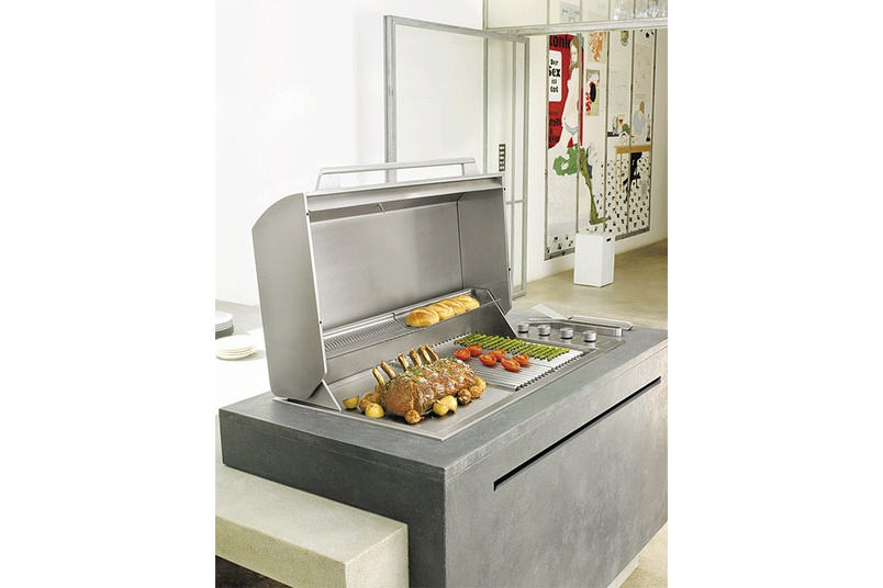 The Electrolux Integrated Barbecue melds seamlessly with a bench or working surface.