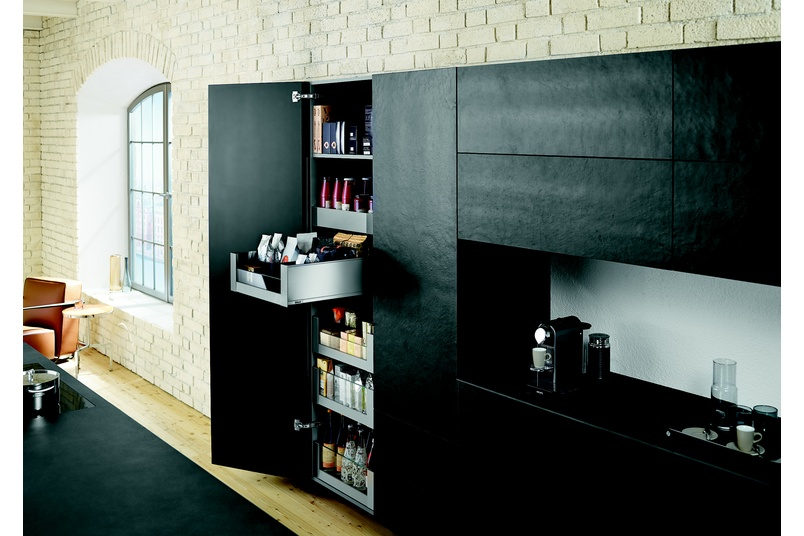 The Space Tower pantry system from Blum can be tailored to the exact storage or space requirements of the kitchen user.