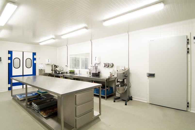 Impe Catering, Kuurne, Belgium.  Controlled environment panel systems are FIREsafe, hygienic and FIBREfree.