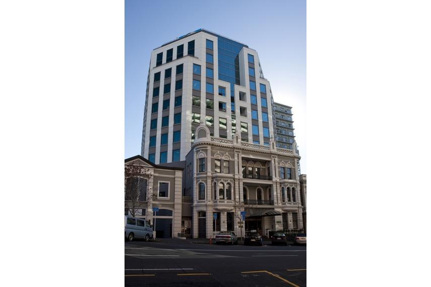 Structural glass refurbishment - Fonterra House, Auckland