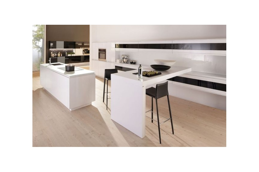 Sigma kitchen timeless high gloss white with