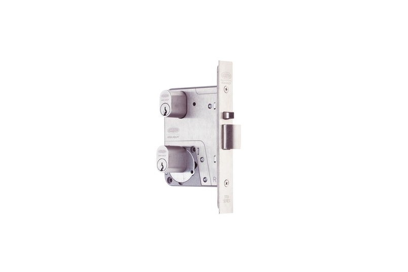 Lockwood Selector® 3777 Dual Entry Mortice Locks.