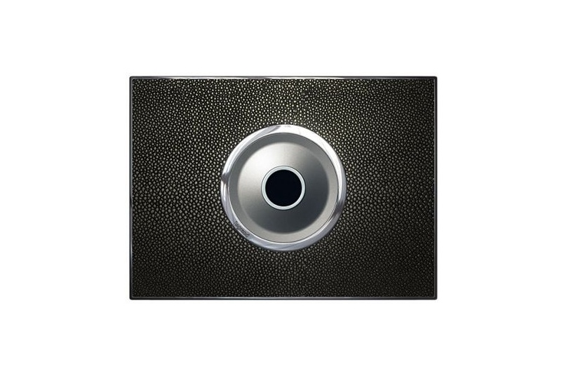Arteor no-touch switch in stingray leather – galuchat