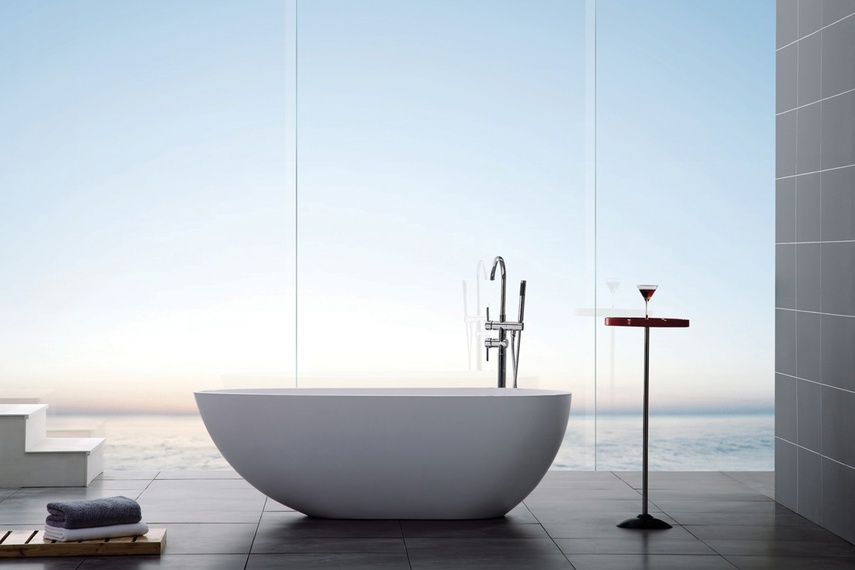 Egg freestanding bath
