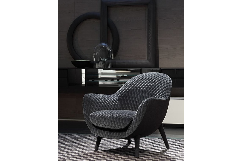 The Poliform Mad Queen chair.