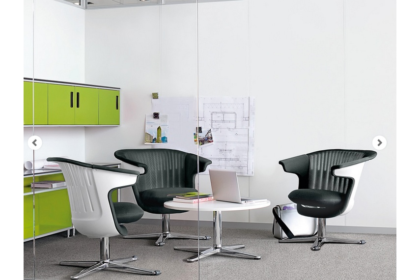 Users are able to stay engaged in the i2i swivel chair