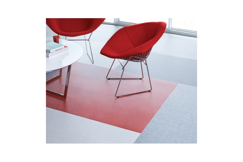 Classic Mystique is an attractive, high-performance sheet vinyl with an extensive colour range.