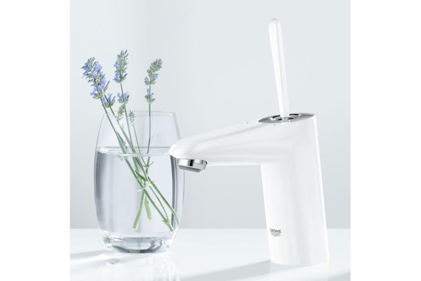EuroDisc Joy white basin mixer.