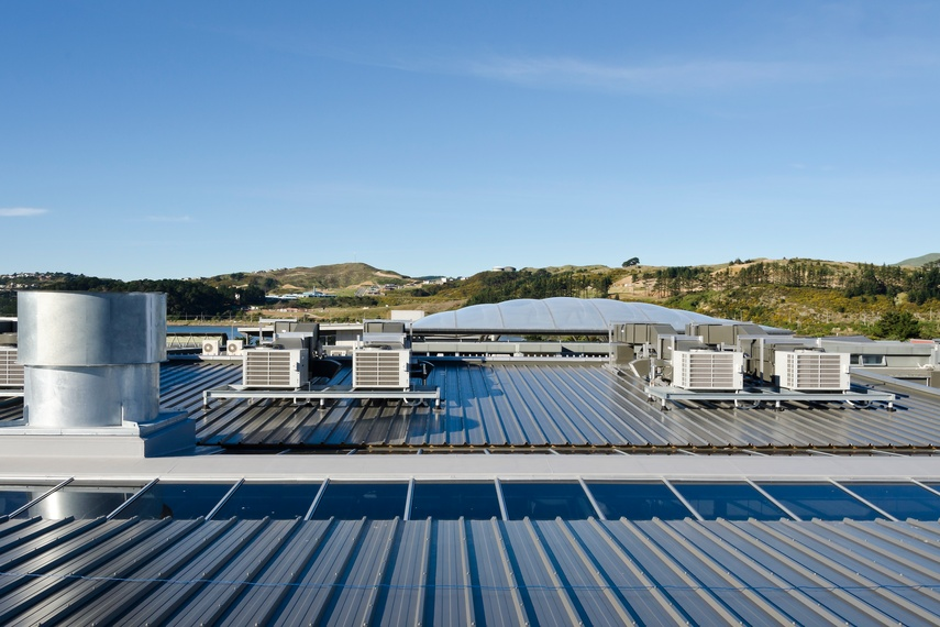 Whitireia Polytechnic, Wellington, using Kingspan's Trapezoidal RW roof panel.  Kingspan insulated roof panels provide building envelope solutions combining aesthetics, longevity and thermal insulation.