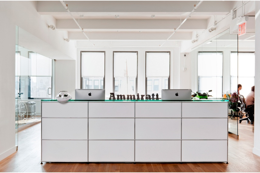 USM in public spaces –reception counters