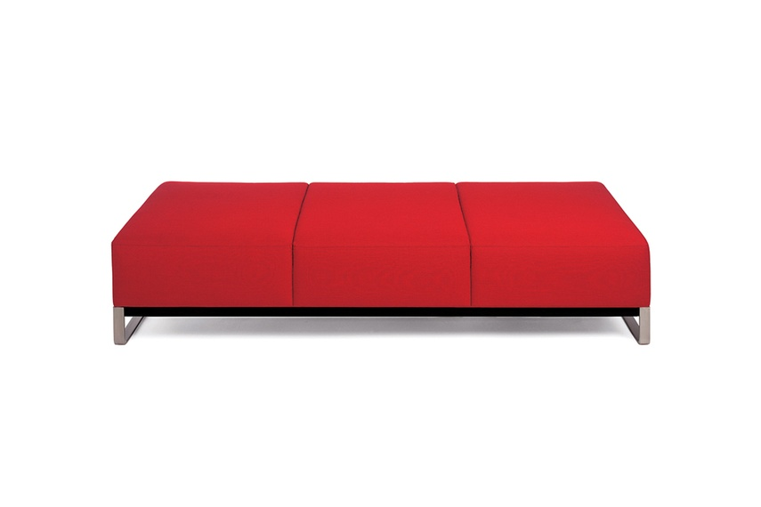 The Armstrong lounge is available in a range of sizes and finishes