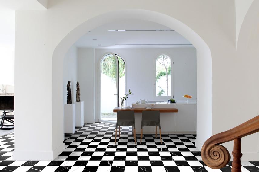 Nero Bianco floor tiles.